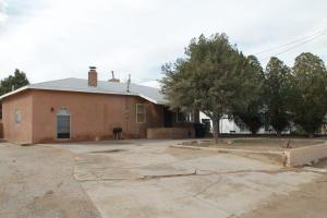 314 Clark Road SW, Albuquerque, NM 87105