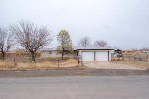 9 LAUGHLIN Drive, Los Lunas, NM 87031
