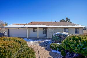 1130 Tulip Road SE, Rio Rancho, NM 87124