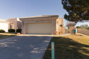 9200 MASINI Lane NW, Albuquerque, NM 87114