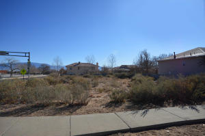6616 Meadow Lake Place NW, Albuquerque, NM 87120