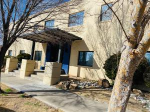 2001 GOLD Avenue SE, B, Albuquerque, NM 87106