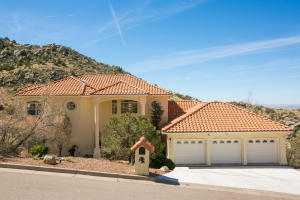 13516 Deer Trail Place NE, Albuquerque, NM 87111