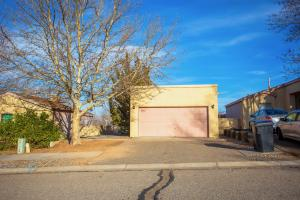 1612 PATTI Place NE, Rio Rancho, NM 87144