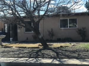 2905 MONTCLAIRE Drive NE, Albuquerque, NM 87110