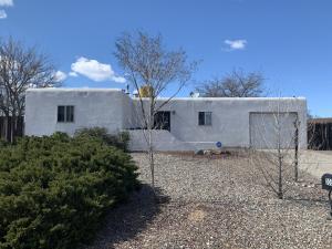 303 SANTA ELENA Road SE, Rio Rancho, NM 87124