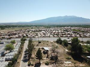 1337 Camino Cielo, Bernalillo, NM 87004