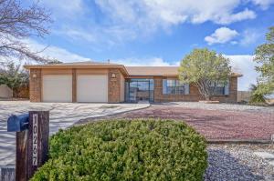 10267 REMPAS Drive NW, Albuquerque, NM 87114