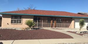 2711 PALO ALTO Drive NE, Albuquerque, NM 87112