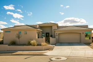 2901 Redondo Santa Fe, Rio Rancho, NM 87144