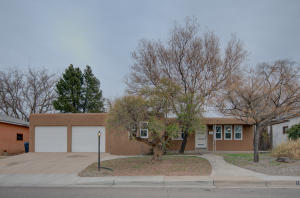 1848 PROPPS Street NE, Albuquerque, NM 87112
