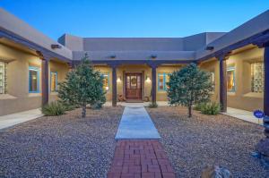 10500 MODESTO Avenue NE, Albuquerque, NM 87122