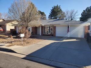 4809 DOWNEY Street NE, Albuquerque, NM 87109