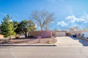 4724 HILTON Avenue NE, Albuquerque, NM 87110