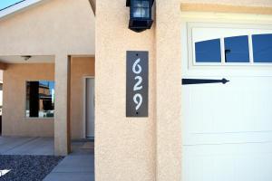 629 Firewheel Loop SW, Los Lunas, NM 87031