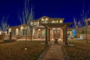 2308 La Vista Court NW, Albuquerque, NM 87120