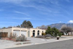 10513 NITA Place NE, Albuquerque, NM 87111