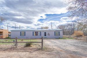 437 Calle Barrio Nuevo, Bernalillo, NM 87004
