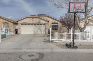 10501 DUKE Avenue SW, Albuquerque, NM 87121