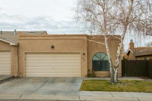 7216 CANARY Lane NE, Albuquerque, NM 87109