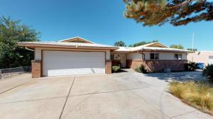 2429 KIRBY Street NE, Albuquerque, NM 87112