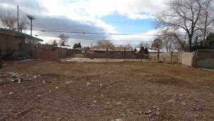 11424 Love Avenue NE, Albuquerque, NM 87112