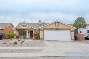 7708 BLOSSOM WOOD Place NW, Albuquerque, NM 87120