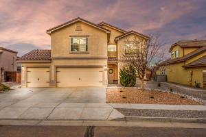 8323 MESA TOP Road NW, Albuquerque, NM 87120