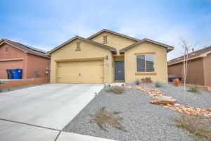 10015 ARTEMSIA Avenue SW, Albuquerque, NM 87121