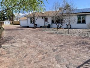 4320 WELLESLEY Drive NE, Albuquerque, NM 87107
