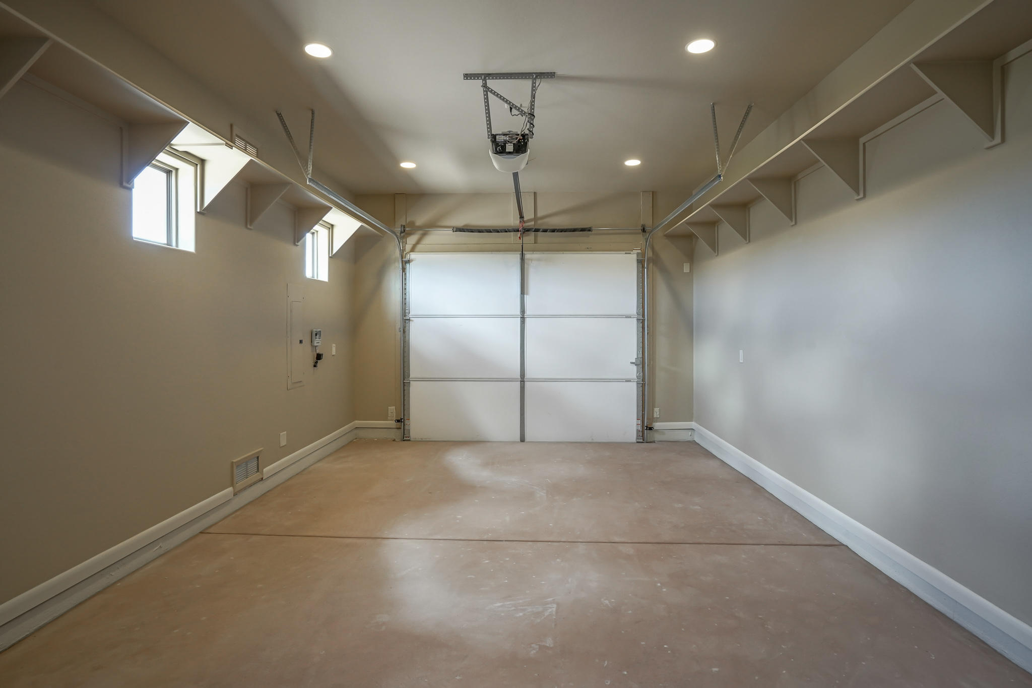 Fully Finished Garages w/Shelving
