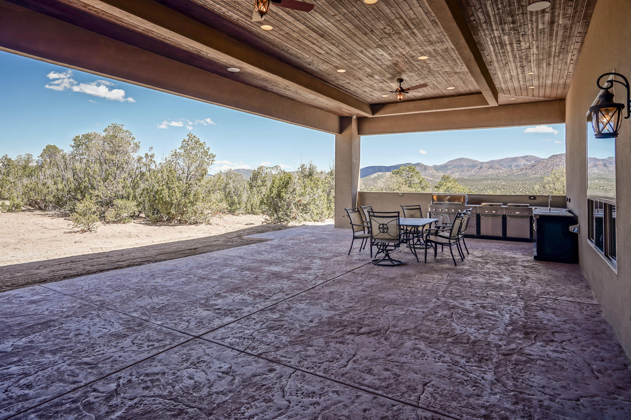 Spacious Covered Patio with Views!