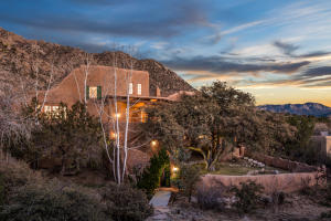 301 Spring Creek Place NE, Albuquerque, NM 87122