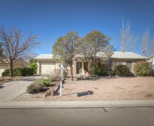 811 BUCKBOARD Road SE, Rio Rancho, NM 87124