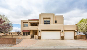 8901 Tor Lane NE, Albuquerque, NM 87122