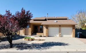 5215 CAMINO SANDIA NE, Albuquerque, NM 87111