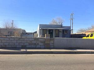 1935 Arno Street SE, Albuquerque, NM 87102