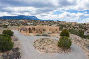 4 CALLE CIENEGA Court, Placitas, NM 87043