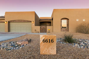 6616 Rimrock Circle NW, Albuquerque, NM 87120