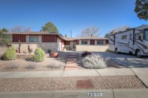 12309 COLLIER Court NE, Albuquerque, NM 87112