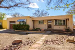 1813 Illinois Street NE, Albuquerque, NM 87110