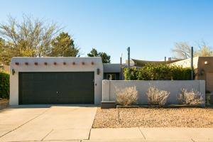 6318 DONA LINDA Place NW, Albuquerque, NM 87120