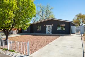 4512 W W LEA Drive SW, Albuquerque, NM 87105