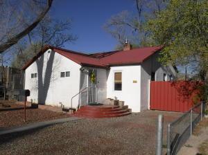 508 VALENCIA Drive SE, Albuquerque, NM 87108