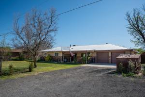 14 KENNEDY Drive, Los Lunas, NM 87031