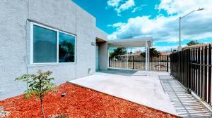 8327 SHAWNEE Place SE, Albuquerque, NM 87108