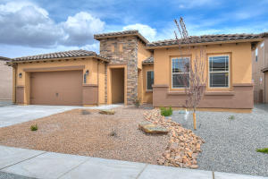 6204 BUCKTHORN Avenue NW, Albuquerque, NM 87120