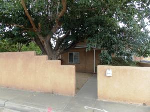 2312 DORA Avenue NW, Albuquerque, NM 87104