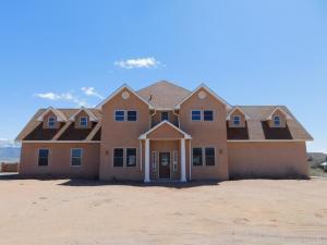5516 Laredo Road NE, Rio Rancho, NM 87144