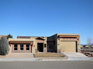 10800 SALTILLO Street NW, Albuquerque, NM 87114